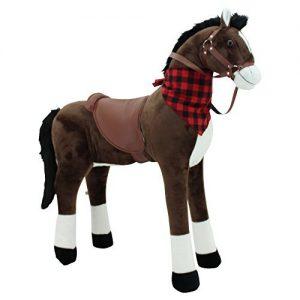 Stehpferd XXL von Sweety Toys in braun. Dieses Plüschpferd zum Reiten besitzt keine Styroporform. Darum ist es sehr robust und langlebig.