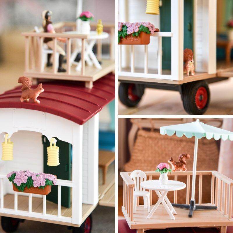 Schleich Spielzeug: Wohnwagen 42415.